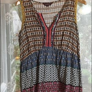 Cute cotton top, multicolored front detail